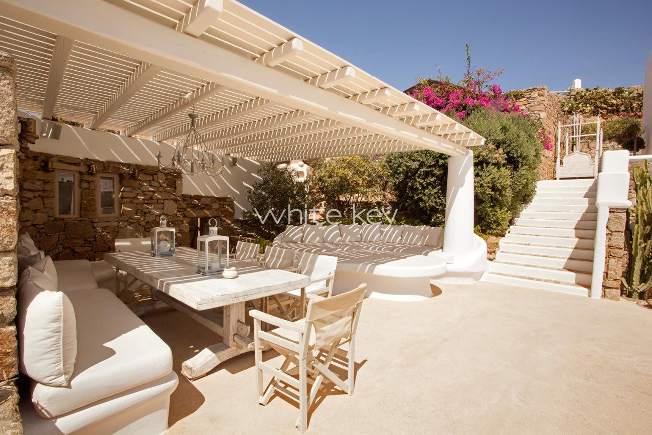 Villa Valeria besides Villa Oceana also Villa Oceana further Villa Oceana further Villa Hermia. on villa for rent in mykonos greece see our villas collection