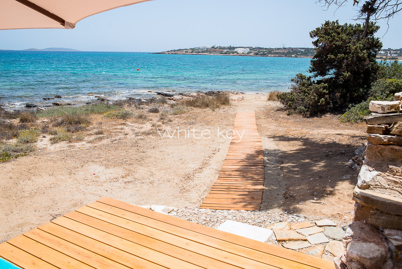 Villa Dolce | Greek Villas in Antiparos Greece | White Key Villas
