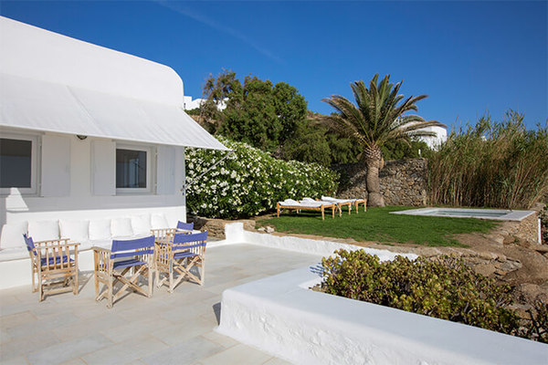 Villa Leoni | Luxury Mykonos Villas in Greece | White Key Villas