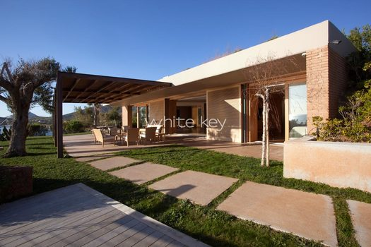 04_WhiteKey-Villa-Smaragda-Around_Athens-44__IMG_2192.jpg