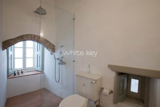 12_WhiteKey-HoneymoonSuite-Patmos_02_IMG_7851.jpg
