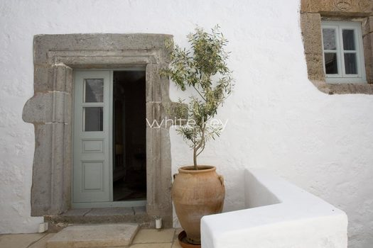 17_WhiteKey-HoneymoonSuite-Patmos_11_IMG_7870.jpg