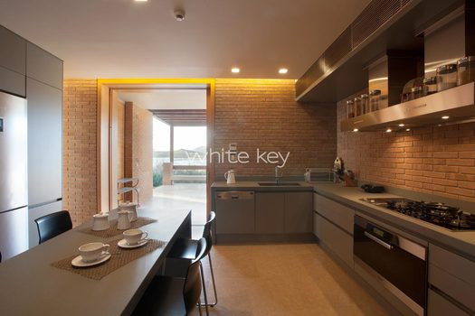 17_WhiteKey-Villa-Smaragda-Around_Athens-177__IMG_2288.jpg