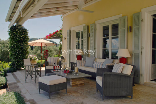 22_WhiteKey-Villa-Milya-Corfu-6-Covered-Terrace 2.jpg