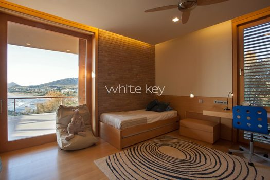 22_WhiteKey-Villa-Smaragda-Around_Athens-163__IMG_2257.jpg