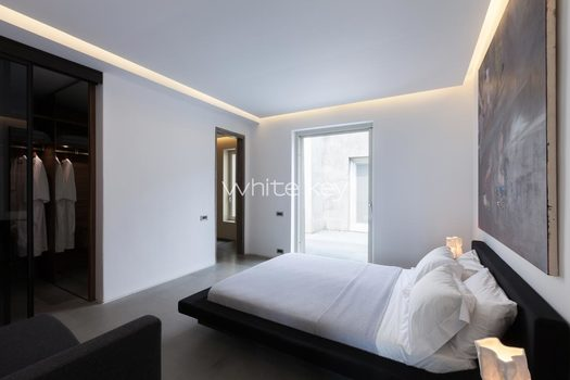 33_WhiteKey-Villa-Isaura-Mykonos-SE-SecondBedroom_02.jpg