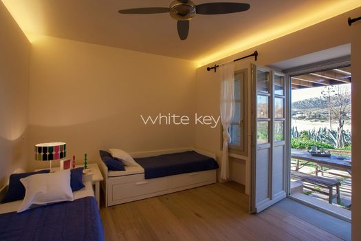 34_WhiteKey-Villa-Smaragda-Around_Athens-08__IMG_2077.jpg