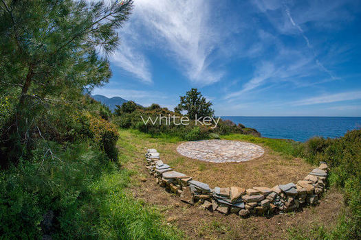 58-WhiteKey-Villa-Marea-Samos-outdoors-adya33rt.jpg